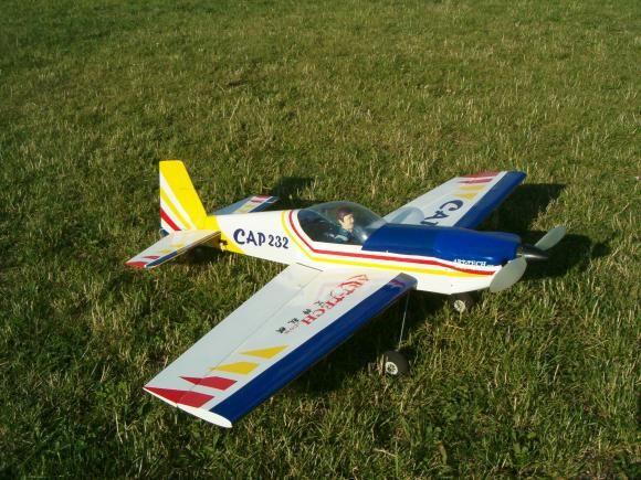 RC Akrobatický speciál CAP 232 - 2,4Ghz, 4ch, ART-TECH,+ PC simulátor, STŘÍDAVÝ MOTOR